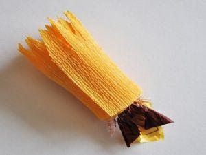 подсолнухи из конфет мастер класс7