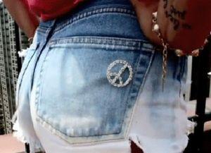 рваные джинсовые шорты своими руками 10