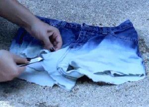 рваные джинсовые шорты своими руками 6