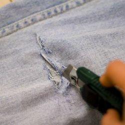 рваные джинсы своими руками4
