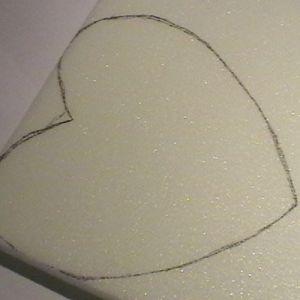 сердце из конфет2
