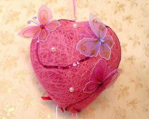 сердце из ниток и клея 7