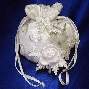 Сумочка для невесты своими руками11
