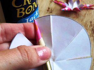 Как сделать бантик из бумаги10
