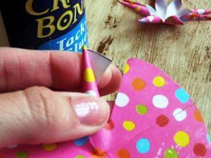Как сделать бантик из бумаги11