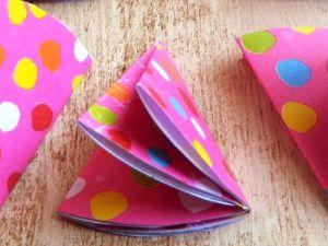 Как сделать бантик из бумаги7