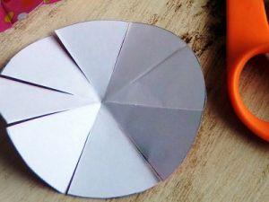 Как сделать бантик из бумаги8