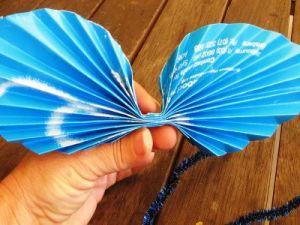 Бабочки из гофрированной бумаги15