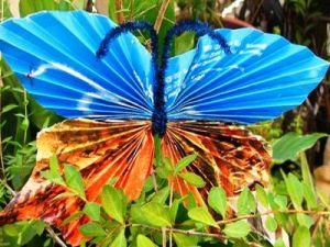 Бабочки из гофрированной бумаги16