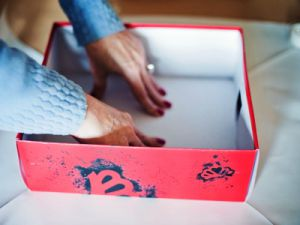 как красиво украсить коробку 6