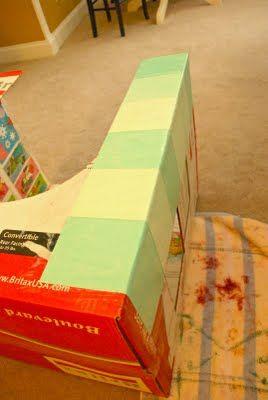 как сделать домик из коробки8