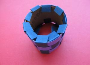 Как сделать кольцо из бумаги8