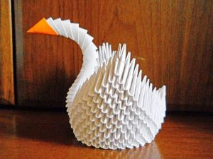 Как сделать лебедя из модулей34
