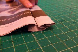как сделать платье из газет10
