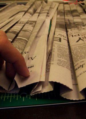 как сделать платье из газет16