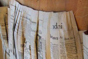 Как сделать платье из газет25