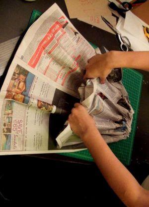 Как сделать платье из газет48