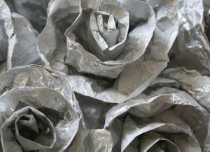 Как сделать розу из фольги6