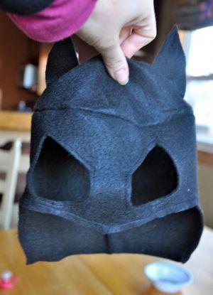 как сшить маску бэтмена 10