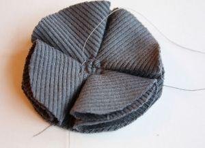 Как сшить шапку из трикотажа16