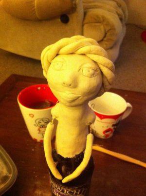 Кукла из бутылки своими руками33