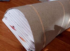плетение сундука из газетных трубочек9
