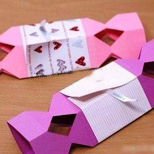 Как сделать из бумаги конфету4