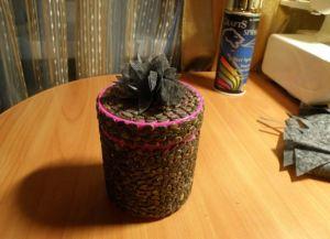 поделки из арбузных семечек9