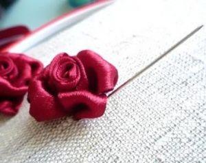 Вышивка лентами розы22