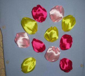 Вышивка лентами - тюльпаны10
