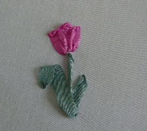 Вышивка лентами - тюльпаны19