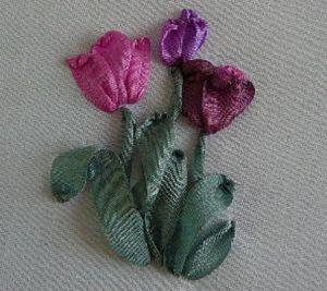 Вышивка лентами - тюльпаны20