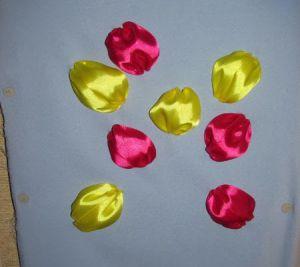 Вышивка лентами - тюльпаны9