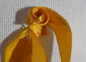 техника вышивки лентами 3