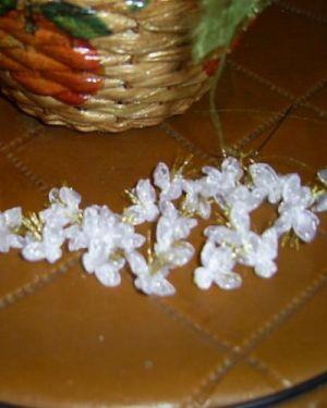 топиарий из цветов и органзы 2