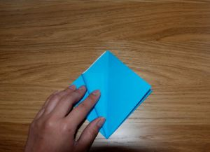 Как сделать лилию из бумаги 4