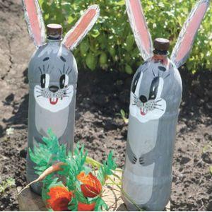 заяц из пластиковой бутылки