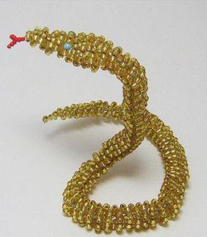 змея из бисера17