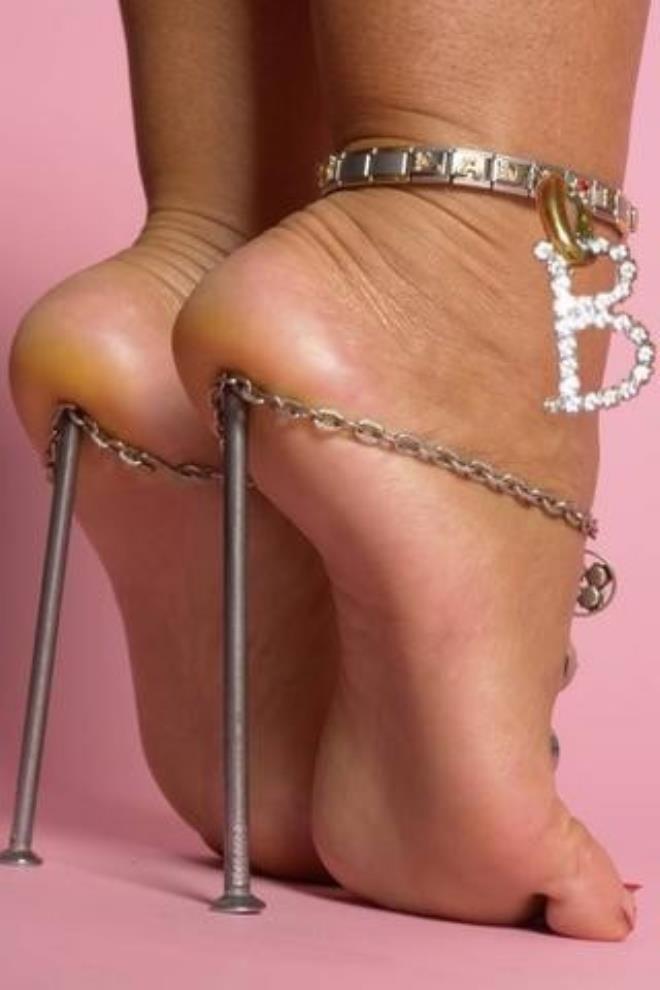 Шпильки-гвоздики
