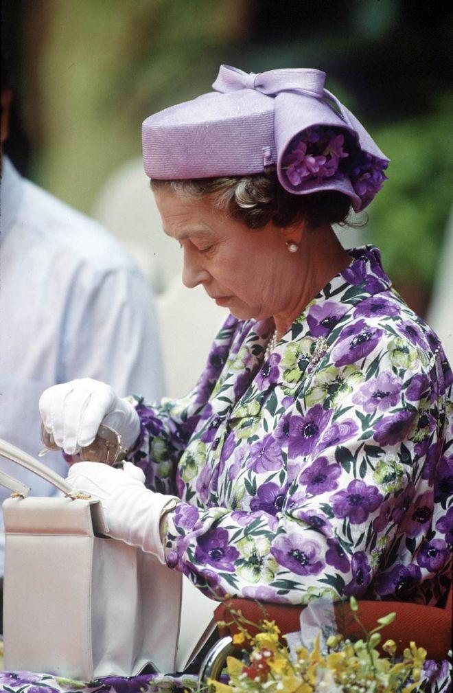 Королева в фиолетовом