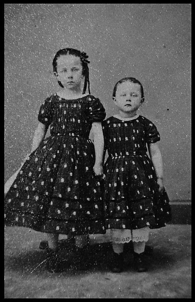 Victorian mortuary photos