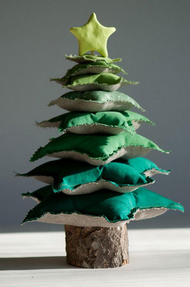 елка из подушек 1