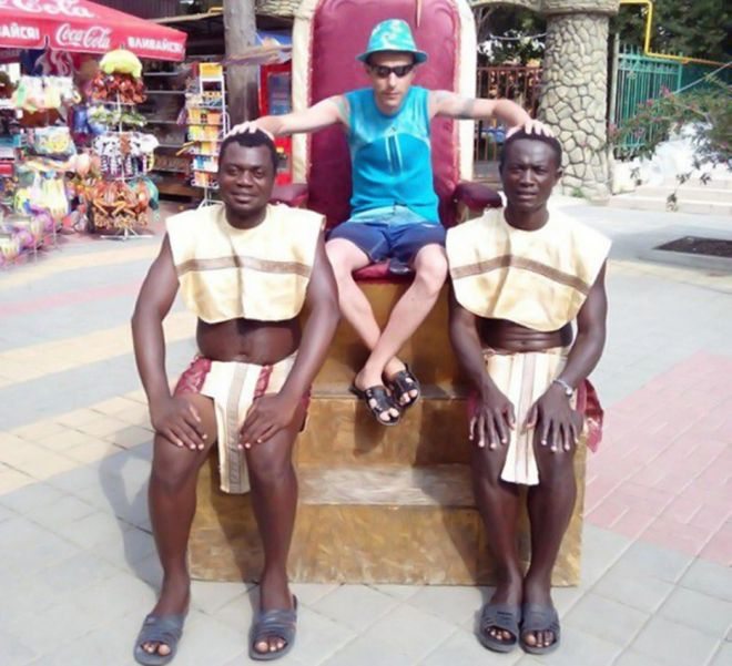 Руссо туристо: 20 «убойных» фото наших соотечественников за границей