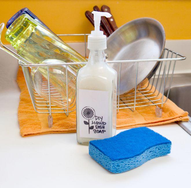 37 лайфхаков, упрощающих мытье посуды