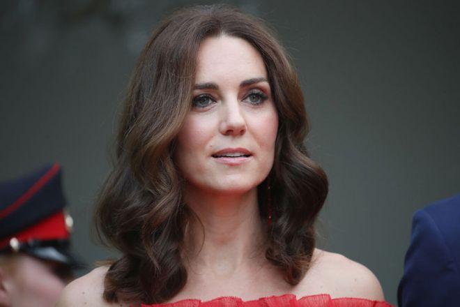 Кейт Миддлтон в красном платье