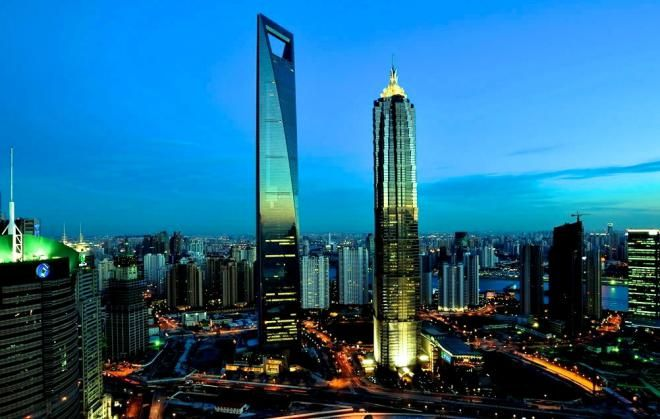 10 самых высоких небоскребов в мире