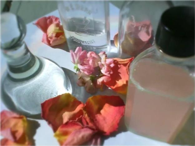 Тоник из вареных лепестков роз