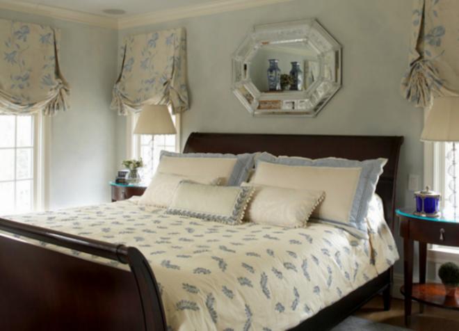 Entwurf Für Ein Kleines Schlafzimmer Mit Einem Podium   Eine Große Idee,  Dass Man Platz Im Raum Zu Speichern.