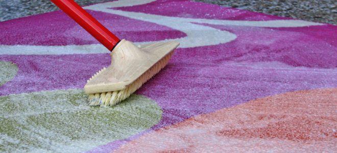 Чем лучше стирать ковры в домашних условиях