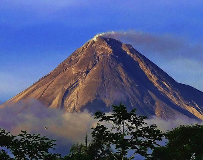 гора мерапи индонезия